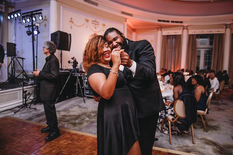 Montreal Wedding Photographer | Wedding Photography + Videography | Ritz Carlton Montreal | Lindsay Muciy Photography Video |2018_856.jpg