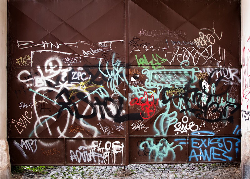 12-06Jun-Prague-Graffitti-18.jpg