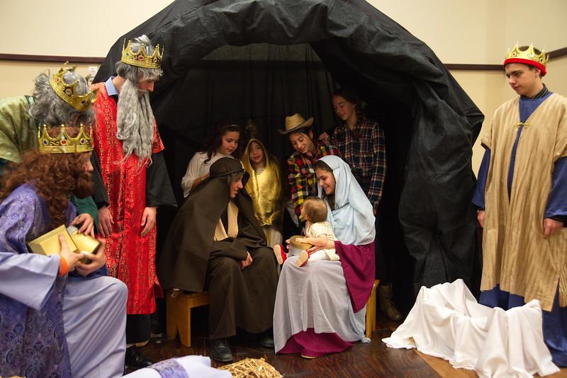 2014-12-21-Christmas-Pageant_225.jpg