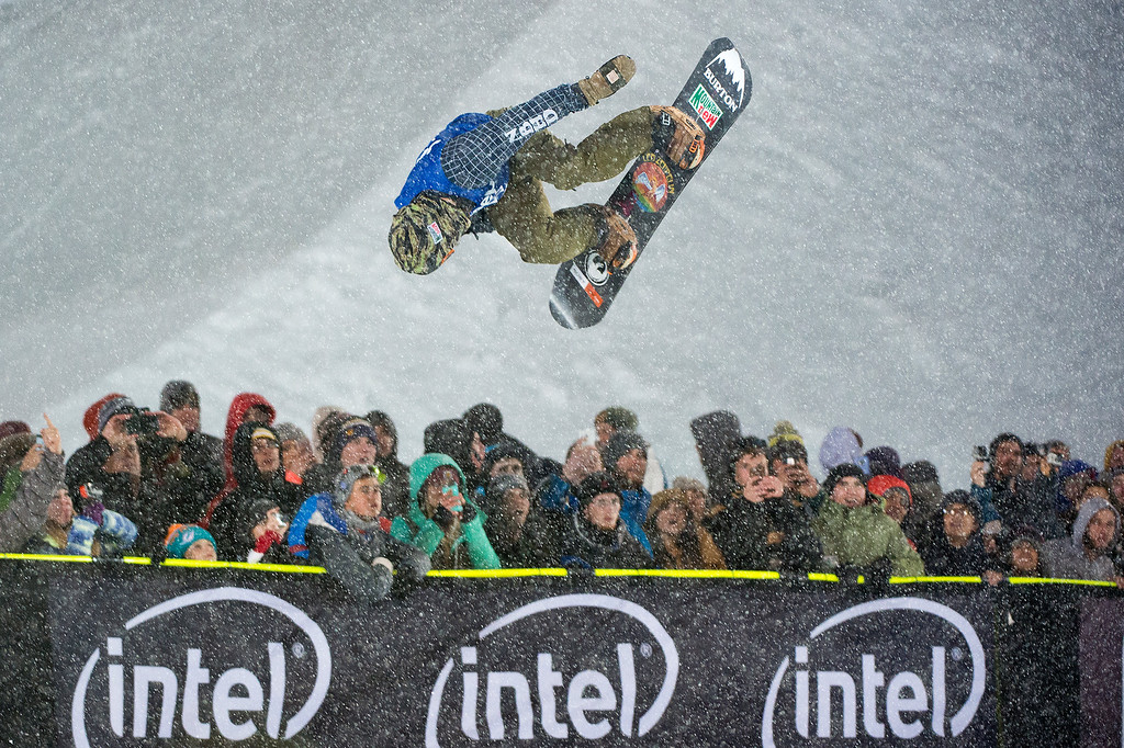. Danny Davis of Michigan competes in the first run of the men\'s snowboard halfpipe at Winter X Games 2016 Aspen at Buttermilk Mountain on January 30, 2016, in Aspen, Colorado. (Photo by Daniel Petty/The Denver Post)
