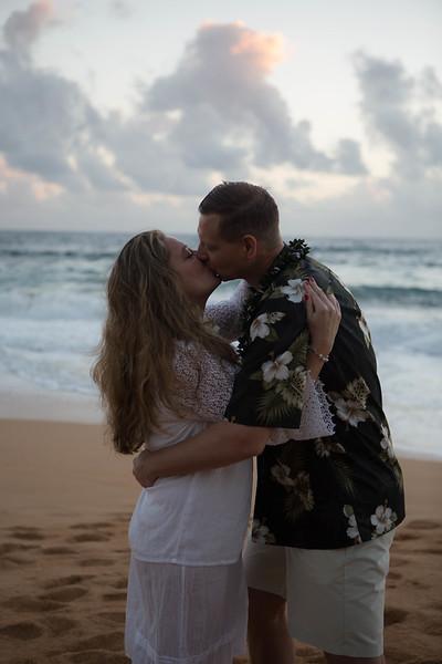 Kauai-sunrise-wedding-30.jpg