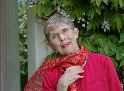 Helen-Vanderburg-Author