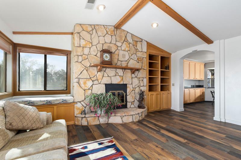 2210 Rancho Lomas 15 Living Room.jpg
