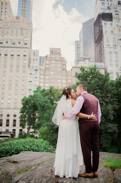 Vicsely & Mike - Central Park Wedding-142.jpg