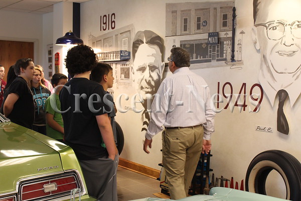 05-22-14 NEWS Mark Moats museum tour