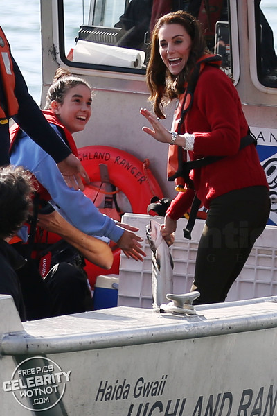 Kate Middleton In A Really Wild Sweater With A REALLY Wild Fish!