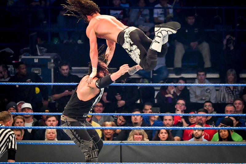 2016-12-28 WWE MONDAY NIGHT RAW & SMACKDOWN LIVE