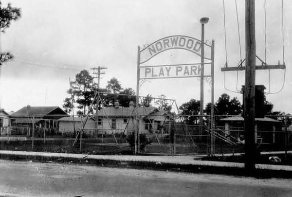 1928-Norwood Park.jpg