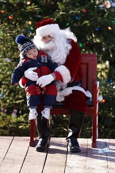 Santa In The Park 20190149.JPG