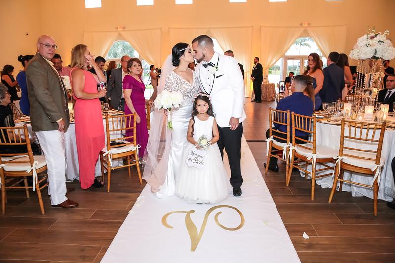 WEDDING SAMPLES - VL2_0657.jpg