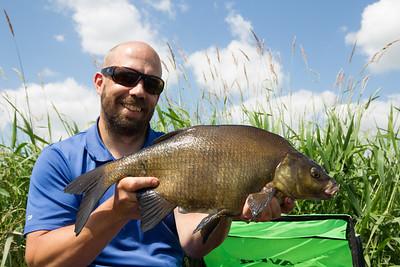 Dan Baldwin - Flat Float Fishing For Bream