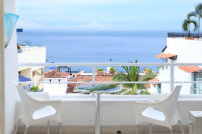 Boana Torre Malibu #404 - Puerto Vallarta, MX