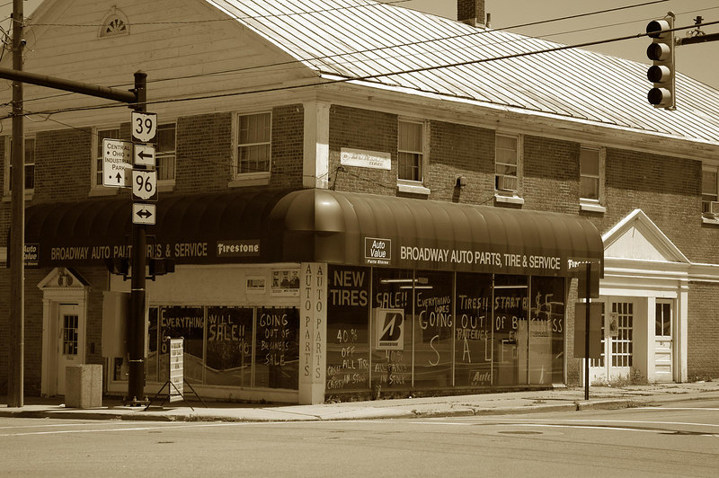 Broadway Auto Parts-formerly Hicks and Martin, out of business.