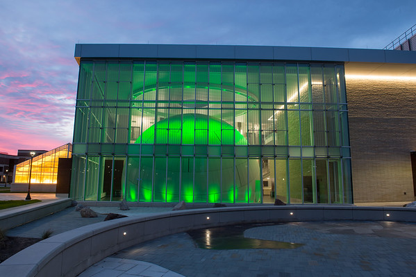 12/17/20 Whitworth Ferguson Planetarium at Night