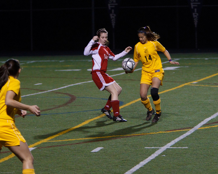 RCS-Girls-Soccer-vs-BishopODowd-Feb2010-007.jpg
