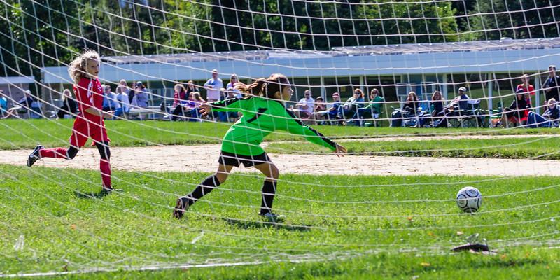2013-09 Natalia soccer 1227.jpg