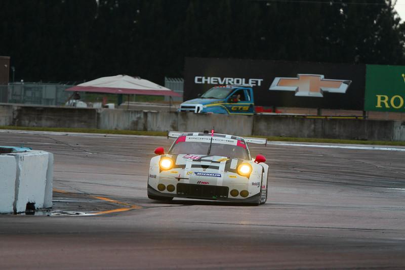 6044-Seb16-Race-#911WheelUp.jpg
