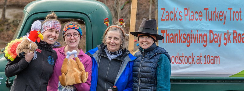 2019 Zack's Place Turkey Trot -_8507822.jpg