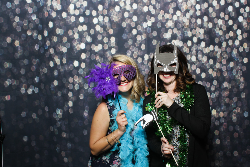 SavannahRyanWeddingPhotobooth-0066.jpg
