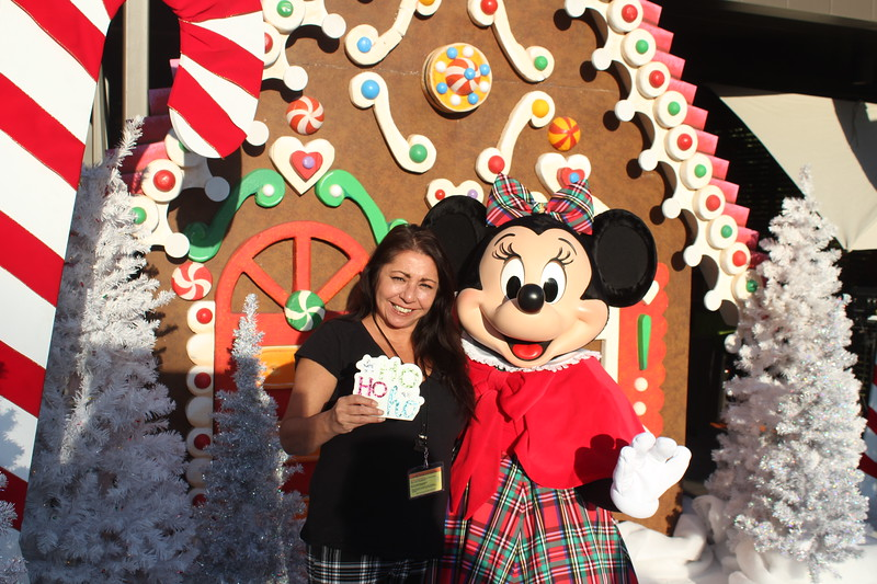 Walt_Disney_Imagineering_Holiday_2017_Individuals_ (39).JPG
