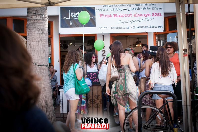 VenicePaparazzi-370.jpg