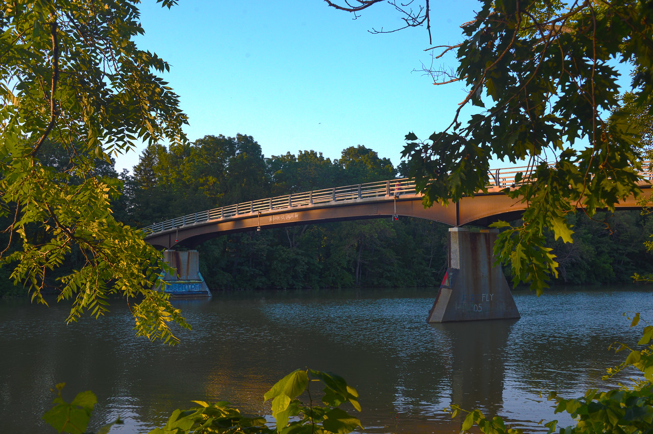 Genesee River pedestrian bridge