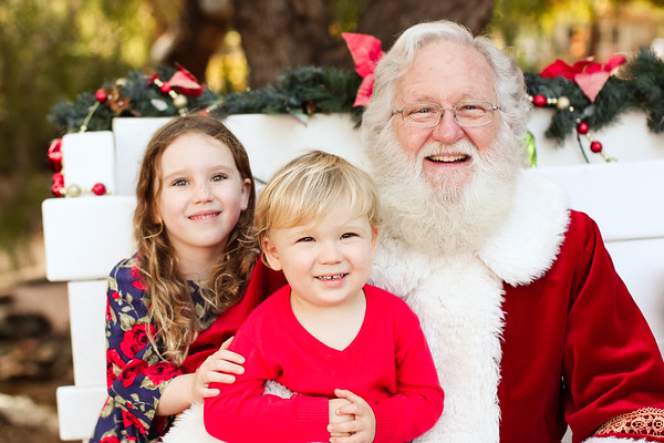 Caleigh and Weston - Santa - 2018