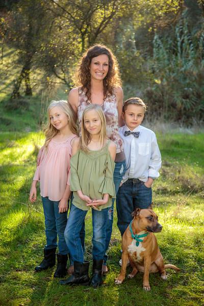 01-06 Savannah's Family-1770.jpg