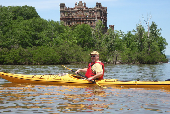Bannerman Castle Hardhat Kayak tour 5/25/09