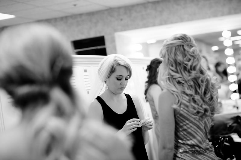 Torres Wedding _Getting Ready  (213).jpg