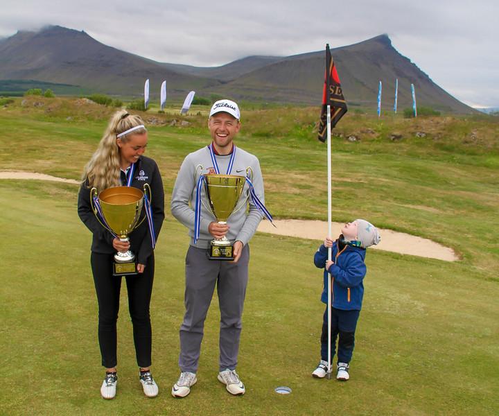 Saga Traustadóttir, GR, Rúnar Arnórsson, GK og Styrmir Sævarsson, systursonur Rúnars.   Mynd/seth@golf.is