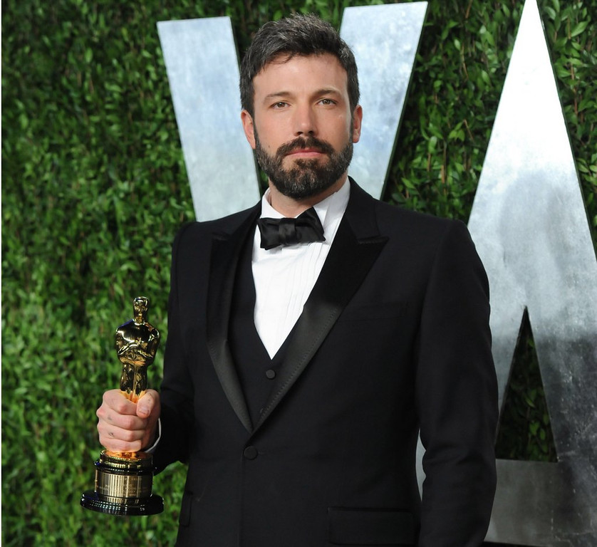 """. <p><b> Millions on the Internet cried foul Friday when they heard that news that Ben Affleck would be the next � </b> <p> A. Batman  <p> B. Ironman  <p> C. Mrs. Damon  <p><b><a href=\'http://www.twincities.com/ci_23928402/ben-affleck-and-batman-backlash\' target=\""""_blank\"""">HUH?</a></b> <p>    (Evan Agostini/Invision/AP, File)"""