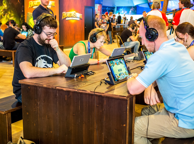 Hearthstone face at Gamescom 2015