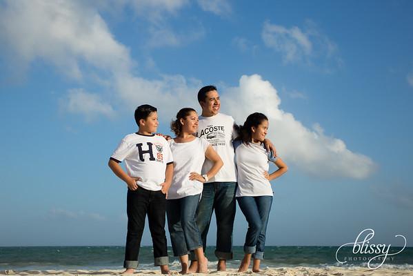 Pluma Family