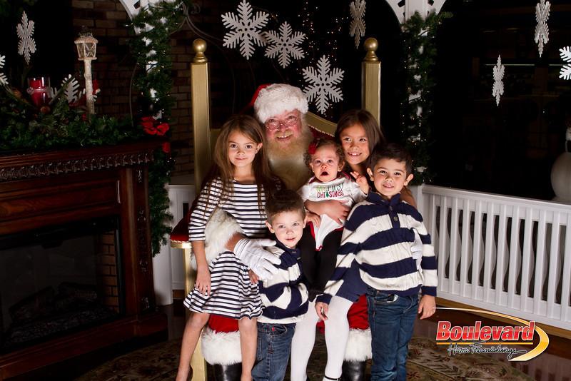 Santa Dec 15-210.jpg
