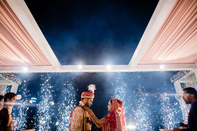 Candid Wedding Photographer Ahmedabad-1-183.jpg