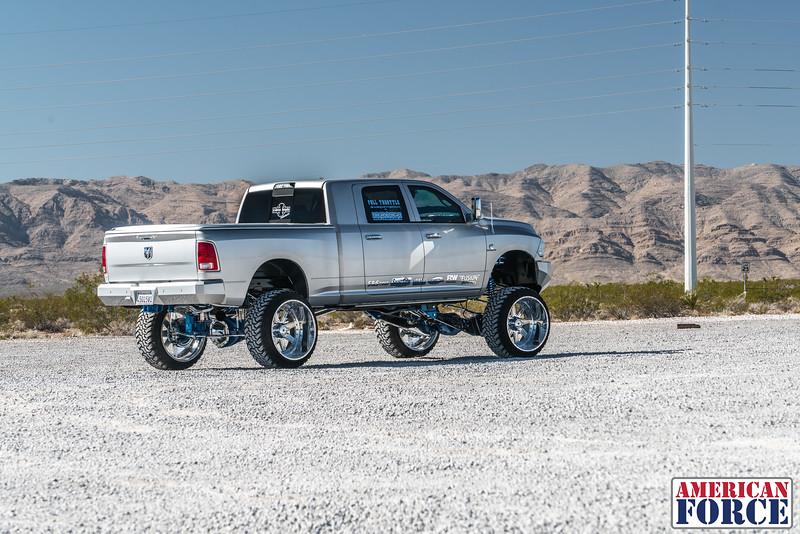 Ridin'-High-Silver-Dodge-Ram-161105-DSC02734-8.jpg