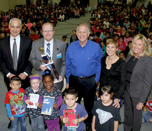 Congressman Ted Poe cards for Troops trophy presentation
