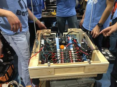 2587 - Discobots