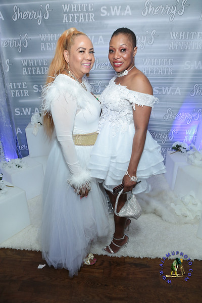 SHERRY SOUTHE WHITE PARTY  2019 re-374.jpg