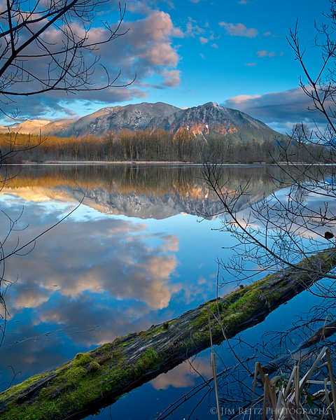 View of Mount Si from the Millpond near Snoqualmie, Washington