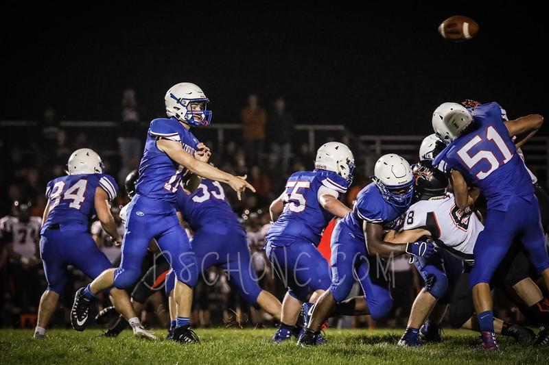GC Football vs Elk Mound-1584.JPG