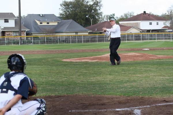 \\hcadmin\d$\Faculty\Home\slyons\HC Photo Folders\HC Baseball vs SCC_1st Home Game_2_12\IMG_2470.jpg