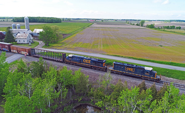 Canadian National 326, Dundee, Quebec, May 29 2019.