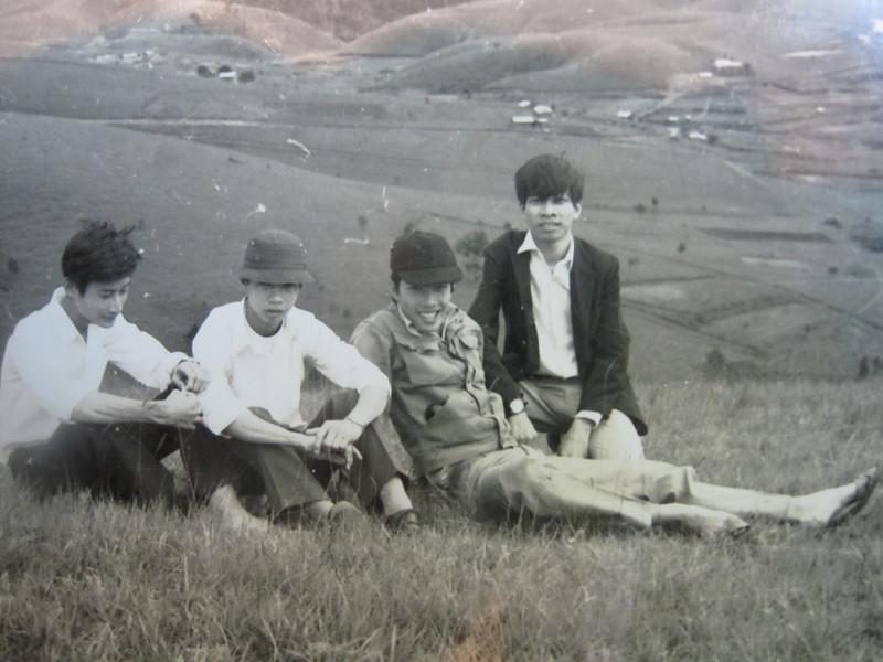 Chúng mình 4 đứa: Phước Cò, Văn Thanh, Nguyễn Nam Hùng, Quân