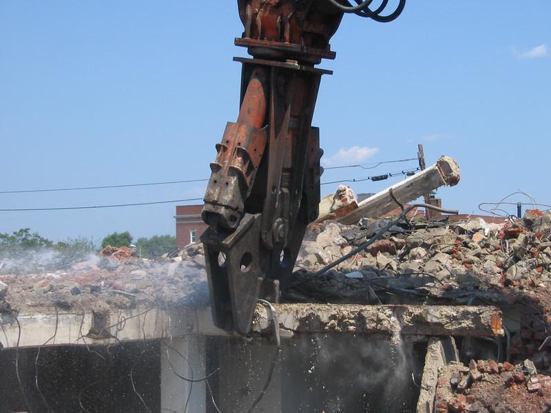 NPK M38G concrete pulverizer-commercial demolition (1).jpg