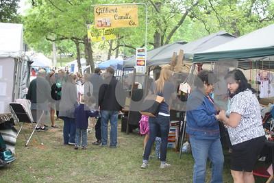 4/9/16 Azalea Trail Arts & Crafts Fair by David Thomas