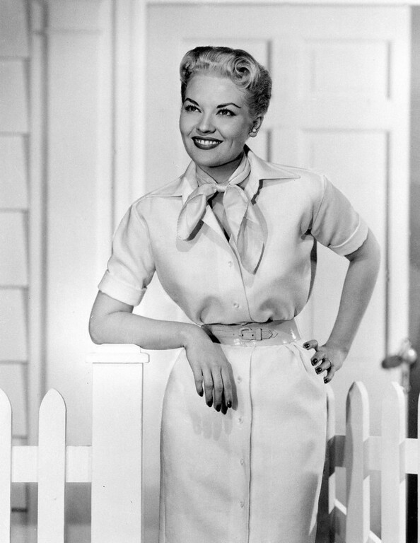 ". This 1958 file photo shows singer Patti Page. Page, who made ""Tennessee Waltz\"" the third best-selling recording ever. (AP Photo, file)"