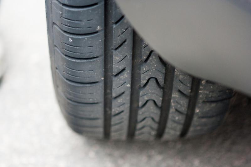 Michelin Pilot Exalto A/S on the Golf (summer tires).