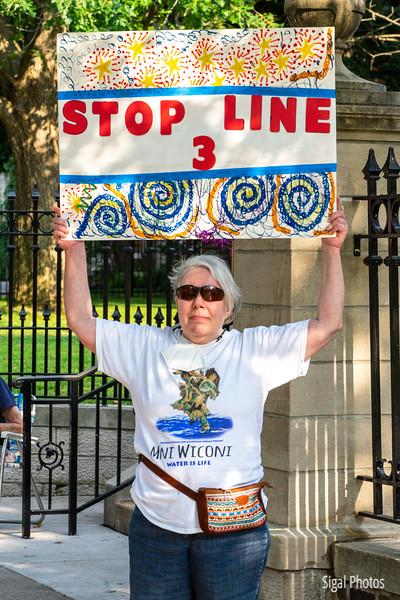 2021 08 16 Line 3 Protest Governor Mansion Chase Bank-48.jpg